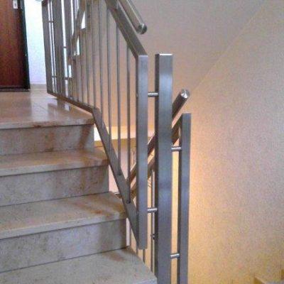 Treppe-Innen-2